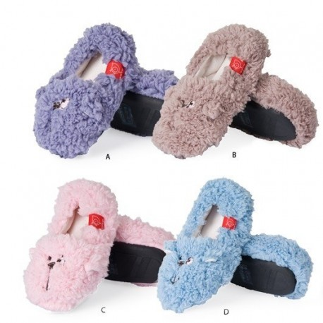chaussons pour enfant fluffy dogs forme chien en peluche. Black Bedroom Furniture Sets. Home Design Ideas